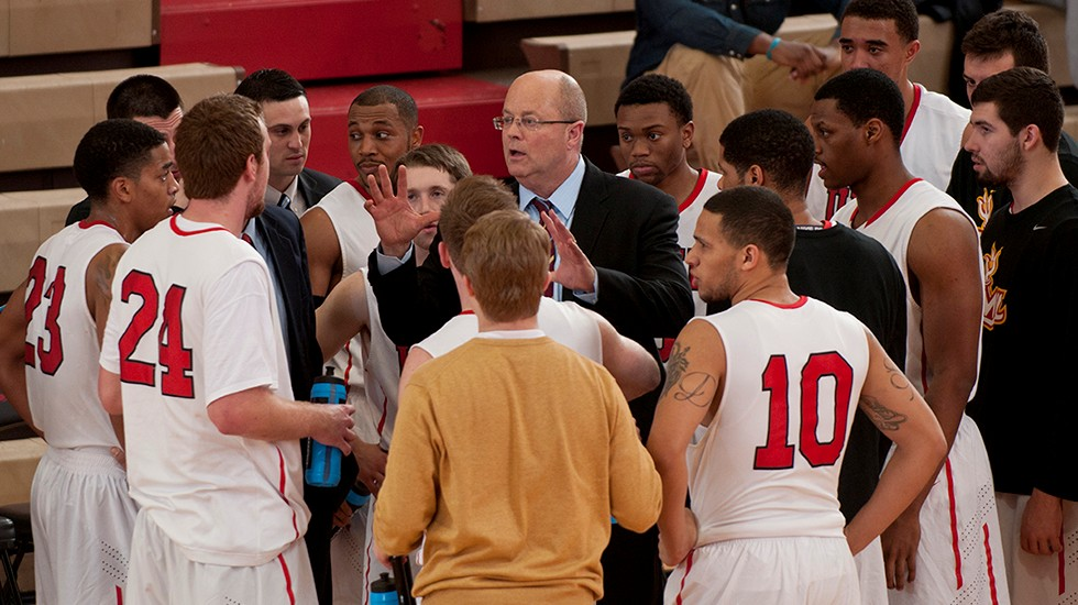 Men's Basketball Tips Off Season With Exhibition Game at